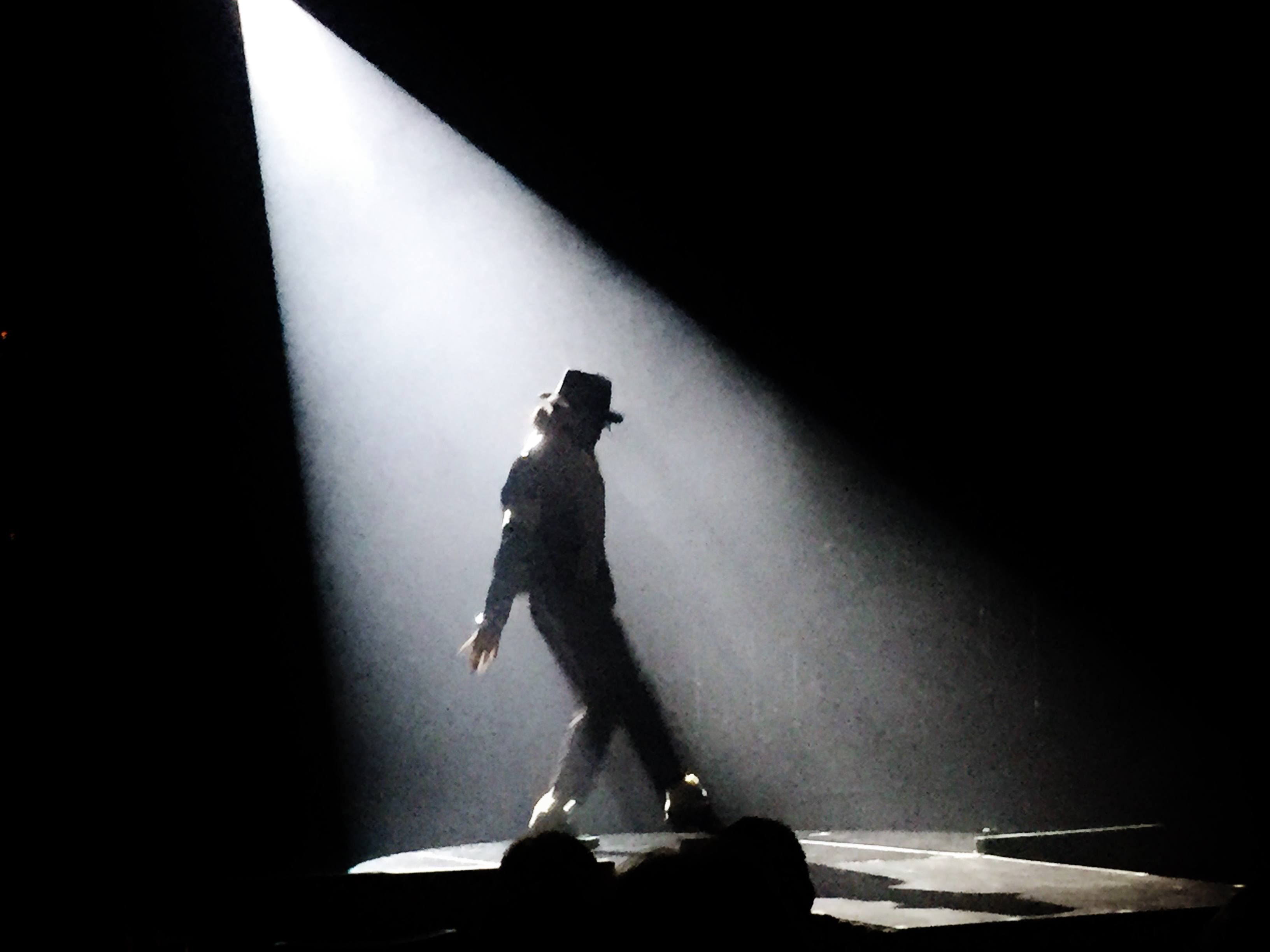mj live show in vegas